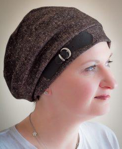 Amaranth beret brown